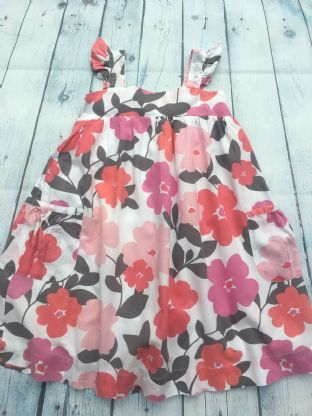 Mini Boden pink floral dress with pockets age 4-5
